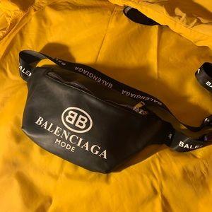 Balenciaga Fanny Pack (belt bag)